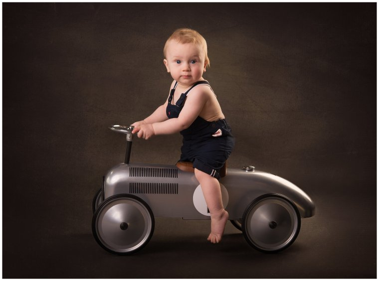 Tiny Baby Studio Newcastle Newborn Photographer Car Prop