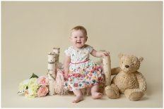 tiny-baby-studio-newcastle-newborn-photographer-first-birthday-bed-prop