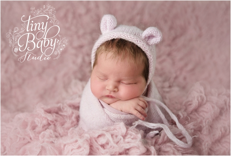 tiny-baby-studio-newcastle-newborn-photographer-pink-ears-hat
