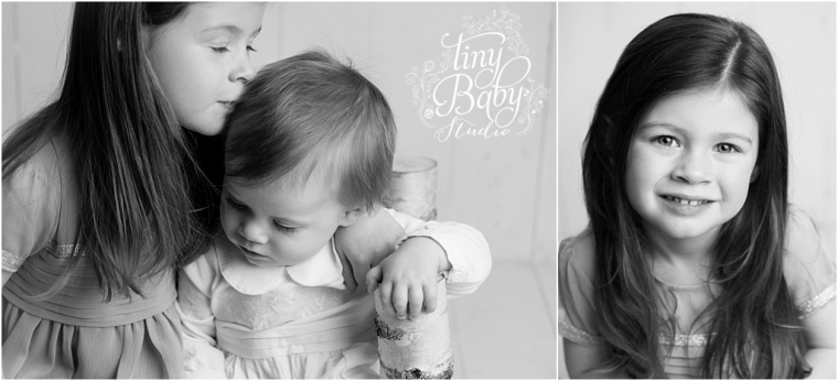 tiny-baby-studio-newcastle-newborn-baby-photographer-black-and-white-childrens-photography