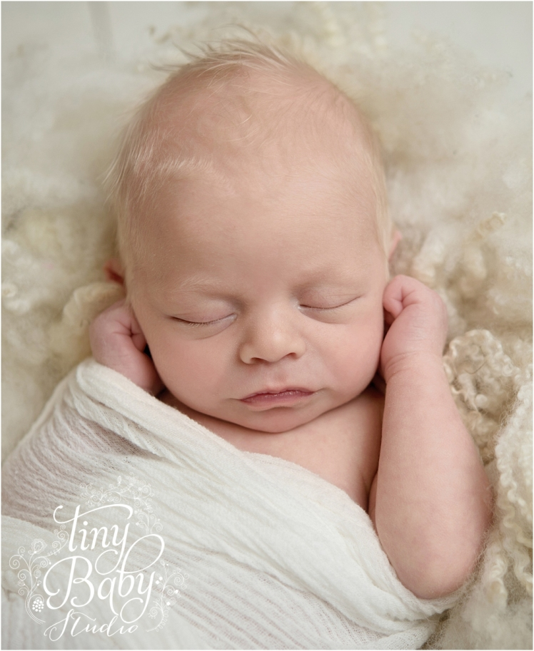 Tiny Baby Studio Newcastle newborn baby photographer pure and simple