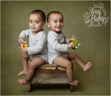 Tiny Baby Studio Newcastle newborn baby photographer twin boys