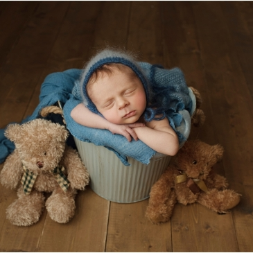 tiny baby studio newcastle newborn photographer teddies